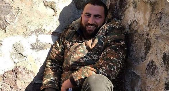 Штангист Симон Мартиросян получил травму в Карвачаре, когда помогал спасать армянские хачкары