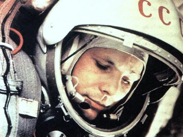 Сегодня – Всемирный день авиации и космонавтики