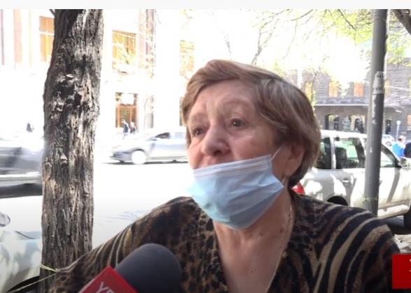 «Это правительство, эти «рюкзаки» должны уйти»: опрос (видео)