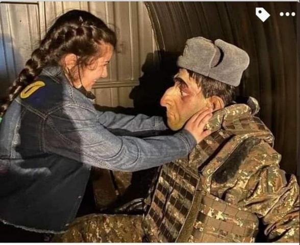 Ադրբեջանցիներն արդեն իրենց երեխաներին զբոսանքի են տանում հայտնի պուրակում (լուսանկար)