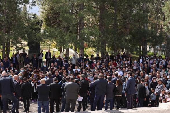Проигнорировавший родителей военнопленных Пашинян поехал на предвыборные встречи в Вайоц Дзор – «Mediaport»