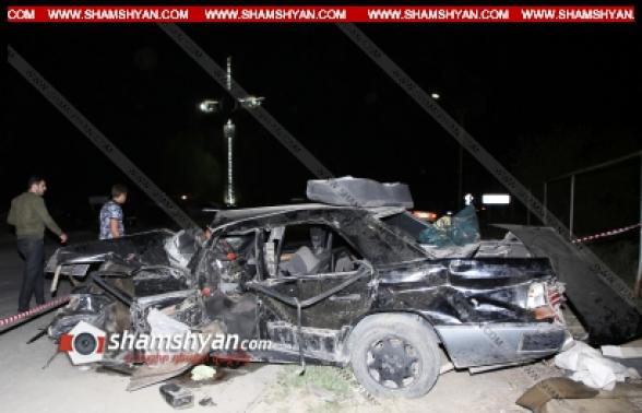 Արմավիրի մարզի Սարդարապատ գյուղի հսկայական խաչի մոտ բախվել են Mercedes և Range Rover մակնիշի ավտոմեքենաները․ կա 1 զոհ, 1 վիրավոր