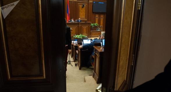 В Армении введут новый вид наказания – домашний арест: парламент принял поправки в УК
