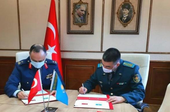 Թուրքիան և Ղազախստանը ռազմական համագործակցության ծրագիր են ստորագրել