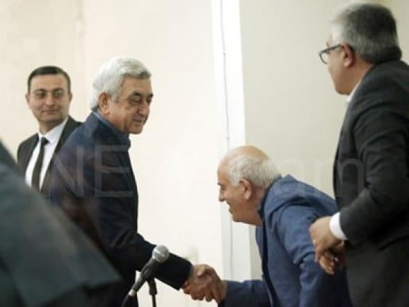 Դատարանը մերժեց Սերժ Սարգսյանի և Բարսեղ Բեգլարյանի նկատմամբ ընտրված խափանման միջոցը վերացնելու մասին միջնորդությունը