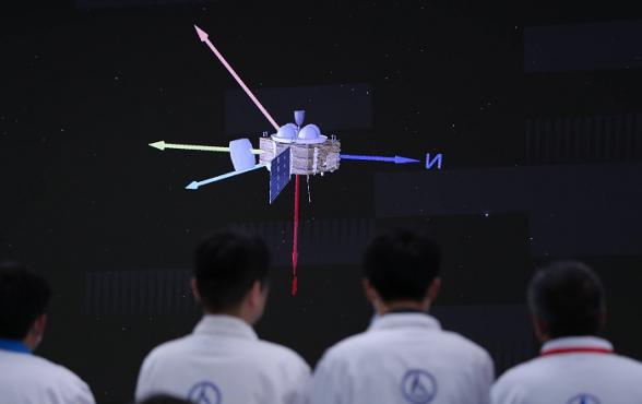 Китайский зонд совершил посадку на поверхность Марса (видео)
