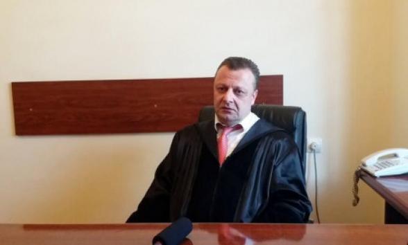 Արդեն 4-րդ օրն է՝ ՀՀ «իշխանություն» կոչվածները ատամներով պահում են և չեն վերադարձնում ՀՀ վերաքննիչ քրեական դատարանի դատավոր Ա. Ազարյանի ավտոմեքենան