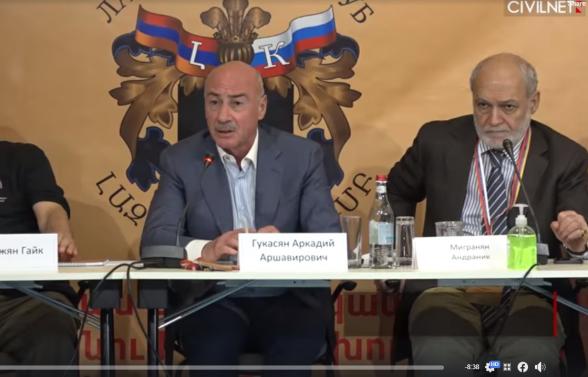 «Нам надо начать думать по-другому»: Аркадий Гукасян о ситуации после второй Карабахской войны (видео)