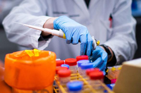 За сутки в Армении выявлены 99 новых случаев коронавируса, скончался еще 1 человек