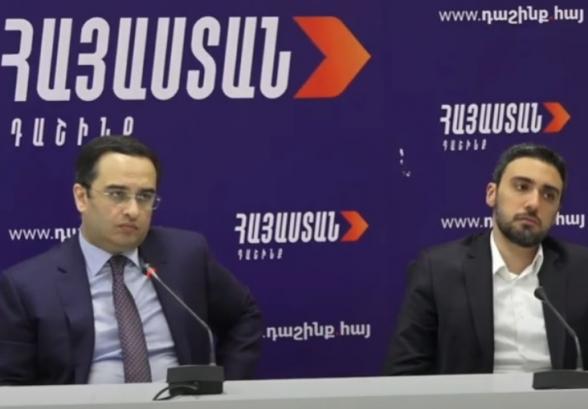 Վիկտոր Սողոմոնյանի և Արամ Վարդևանյան ճեպազրույցը (տեսանյութ)