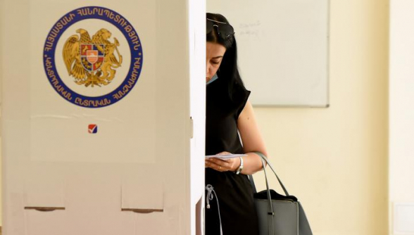 По положению на 11:00 явка избирателей составила 12,2%
