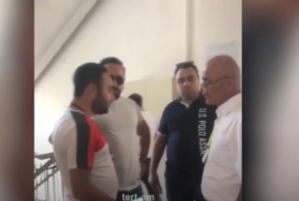 Շենգավիթի թաղապետի հայրը քվեաթերթիկներ և ծրարներ է փչացնում, որոնք չեն քվեարկել ՔՊ օգտին (տեսանյութ)