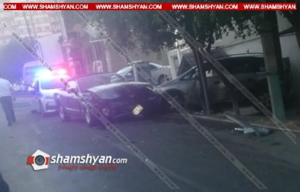 Երևանում Ford Mustang-ը բախվել է Opel-ին, Opel-ն էլ բախվել է շինության պատին, կա վիրավոր, Ford Mustang-ի վարորդը հեռացել է դեպքի վայրից