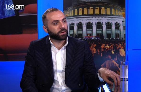 Սյունիքի կալանավորված համայնքապետեր Մխիթար Զաքարյանն ու Արթուր Սարգսյանն անհապաղ պետք է ազատ արձակվեն. նրանք անձեռնմխելիություն ունեն. Ռոբերտ Հայրապետյան