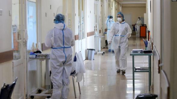 За сутки в Армении выявлено 166 новых случаев коронавируса, скончались еще 3 человека