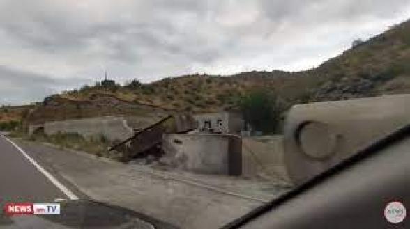 Ադրբեջանցիները Սյունիքի սահմանին լցակայան են կառուցում
