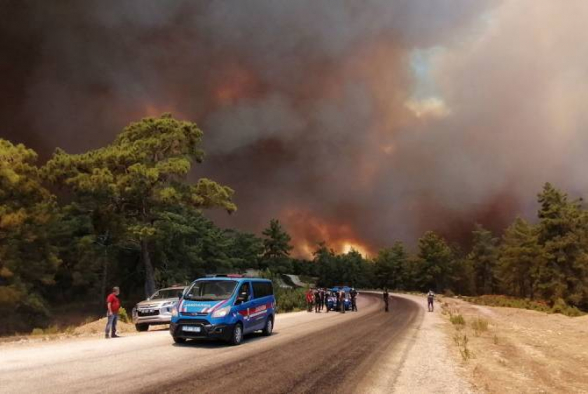 Թուրքիայում անտառային հրդեհների հետևանքով երկու հրշեջ մահացել է