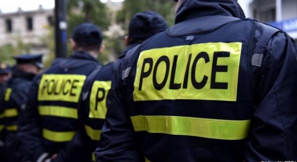Բաքվում ոստիկանները ծեծի են ենթարկել կանանց սպանության դեմ ակցիա կազմակերպած ֆեմինիստներին