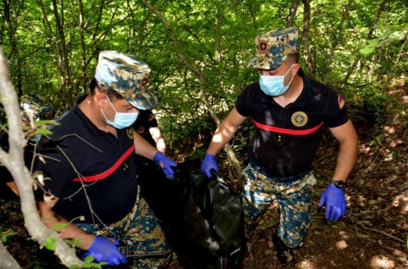 В районе Варанды обнаружены останки еще 1 армянского военнослужащего