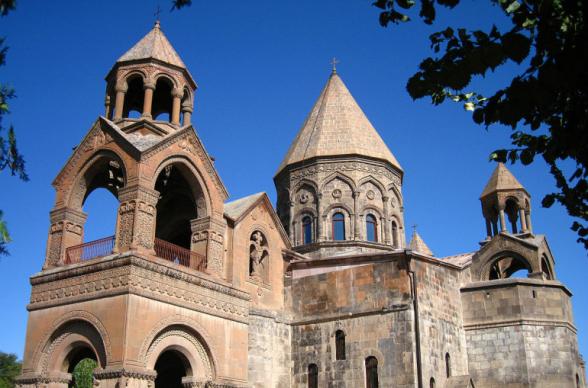 Մենք խորապես տագնապած ենք Ադրբեջանի վերահսկողության ներքո գտնվող տարածքներում հայկական կրոնական և մշակութային ժառանգության ոչնչացման, պղծման հաղորդագրություններից. Մայր Աթոռում ընդունված կոմյունիկե