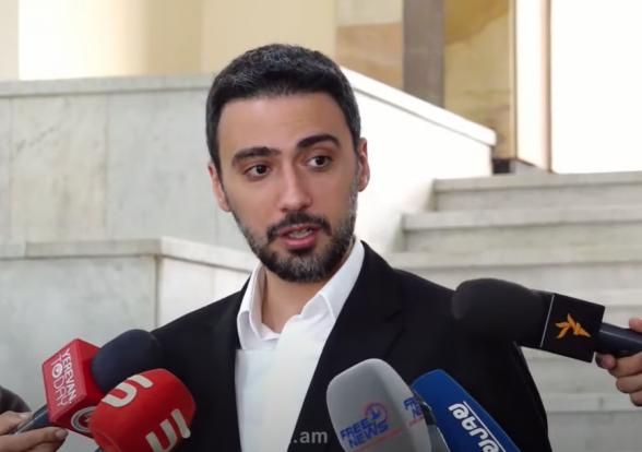 Брифиг депутата от фракции «Армения» Арама Вардеваняна (видео)