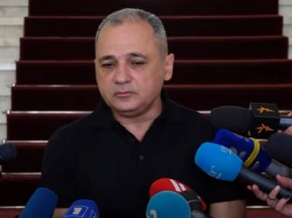Азербайджанцы готовятся к выполнению договоренностей, достигнутых за нашей спиной – Ваге Акопян
